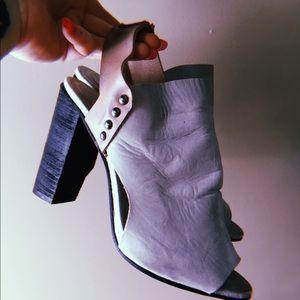 Boho chic heels